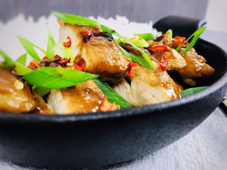 Pulpe de pui dezosate cu sos asiatic, la tigaie