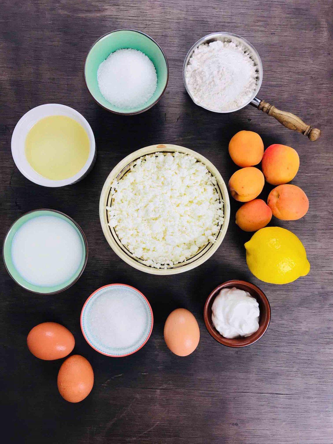 Ingrediente-Tartă cu brânză și fructe