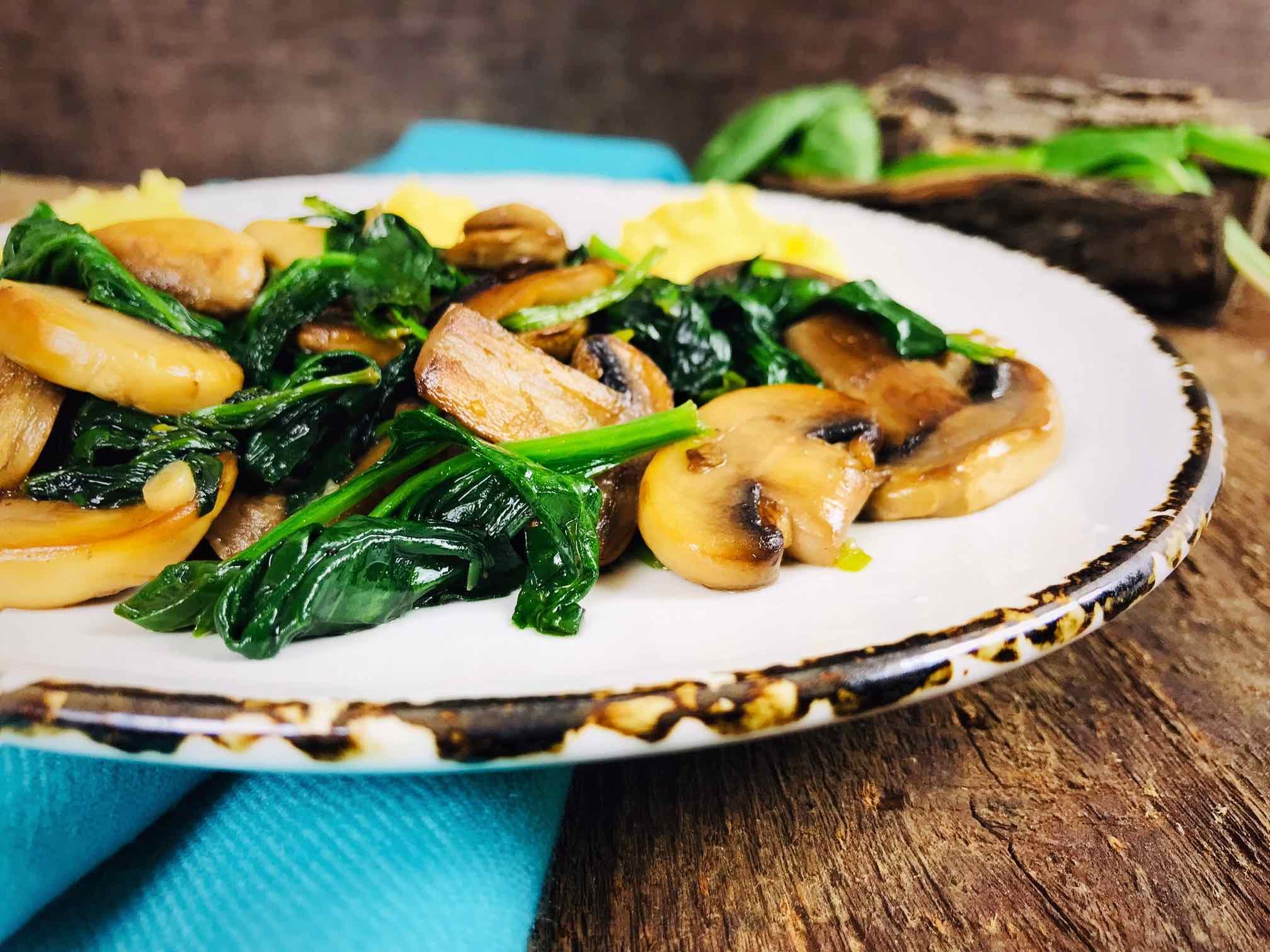 Ciuperci cu spanac si leurda